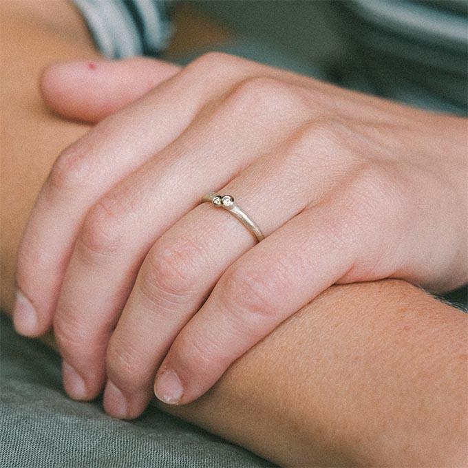 _0005_N°61_2_Ines Bouwen jewelry_wedding ring