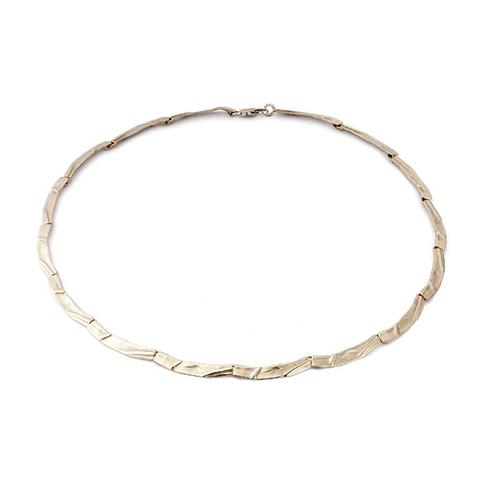 N° 73 White gold necklace