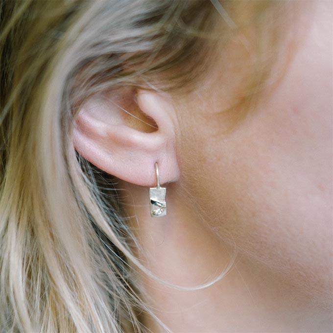 N ° 48D gouden oorbellen