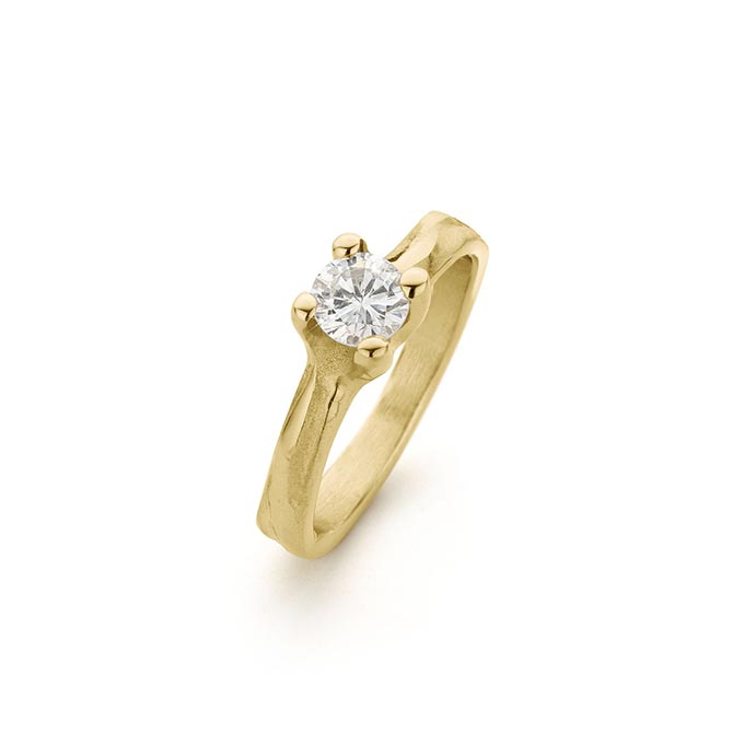 N° 240 gold engagement ring
