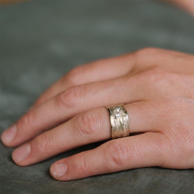 _0026_N°36_2_Ines Bouwen jewelry_wedding ring_