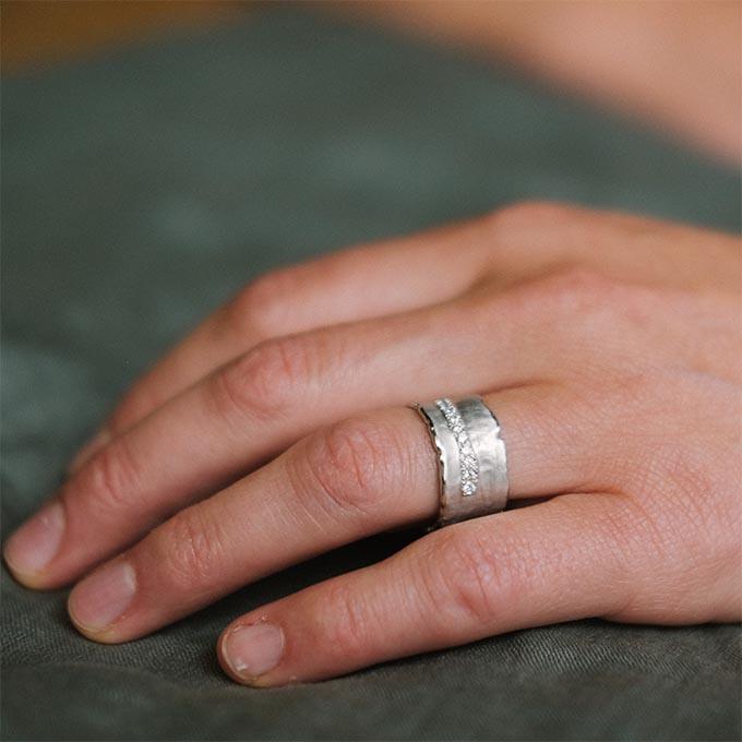 _0027_N°35_10_Ines Bouwen jewelry_wedding ring_