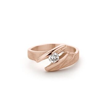 N° 262 gold engagement ring