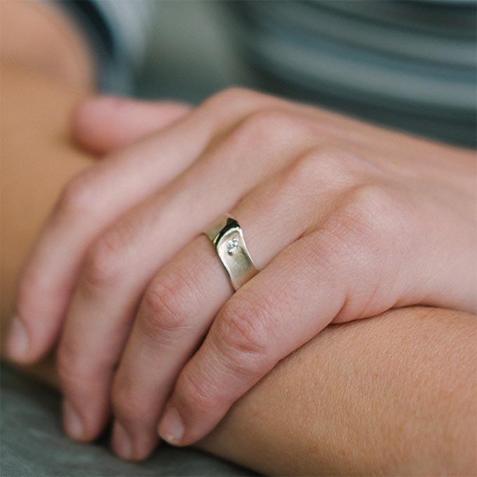 _0029_N°34_1_Ines Bouwen jewelry_wedding ring