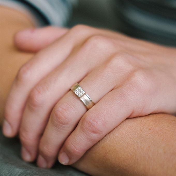 _0036_N°25_9_Ines Bouwen jewelry_wedding ring