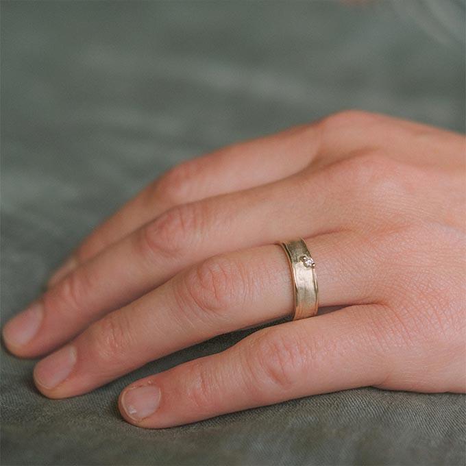 _0040_N°9_1_Ines Bouwen jewelry_wedding ring(1)