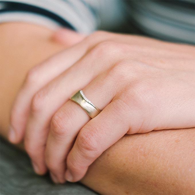 _0041_N°8_8_Ines Bouwen jewelry_wedding ring