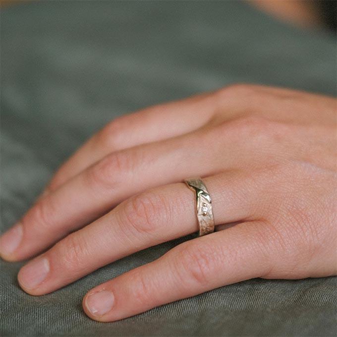 _0049_N°20_1_Ines Bouwen jewelry_wedding ring