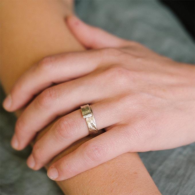 _0052_N°16_4_Ines Bouwen jewelry_wedding ring