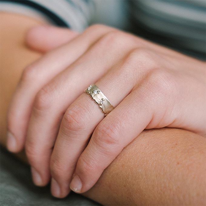 _0056_N°10_3_Ines Bouwen jewelry_wedding ring