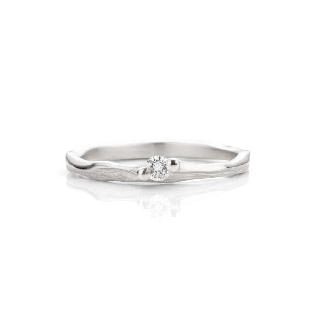 Rhodium gold wedding ring