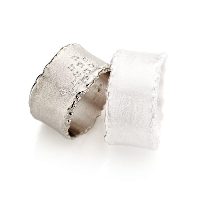 White gold wedding ring N° 33_11 lady's ring