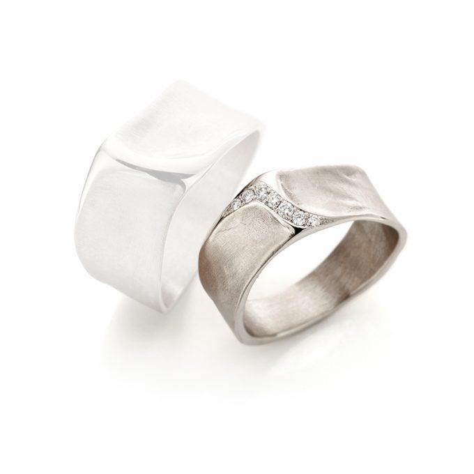White gold wedding ring N° 34_7 lady's ring