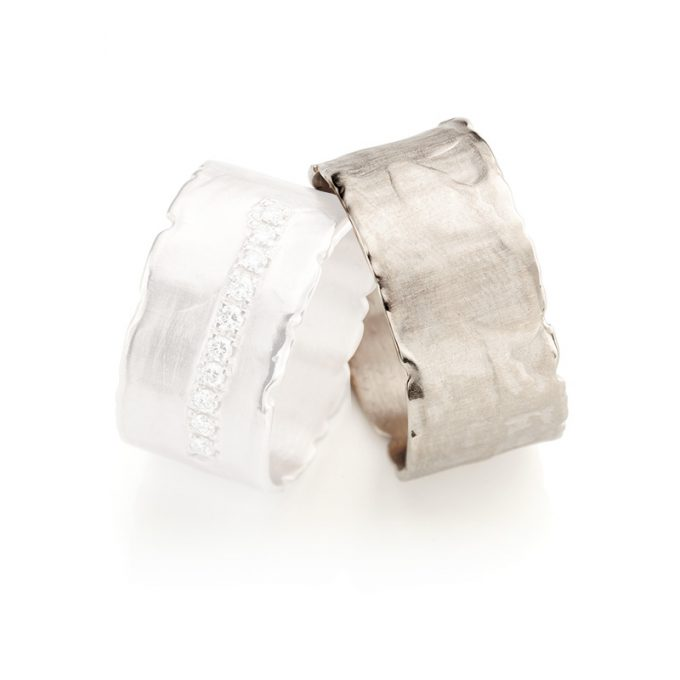 White gold wedding ring N° 35 man's ring