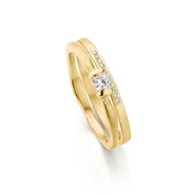 Yellow gold combination rings