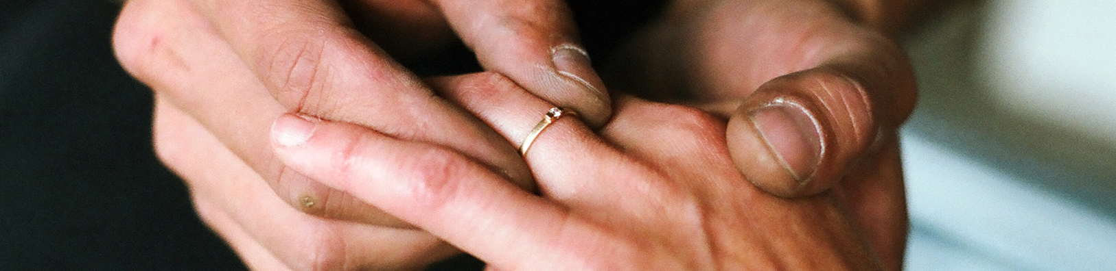 6 tips to pick out the perfect engagement ring