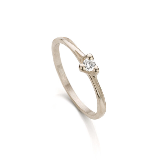 White gold engagement ring with diamond N° 059