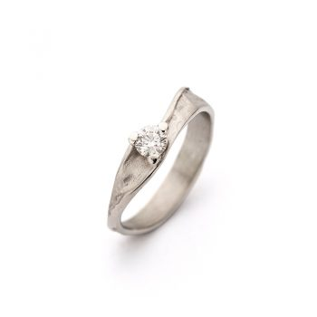 White gold engagement ring N° 239