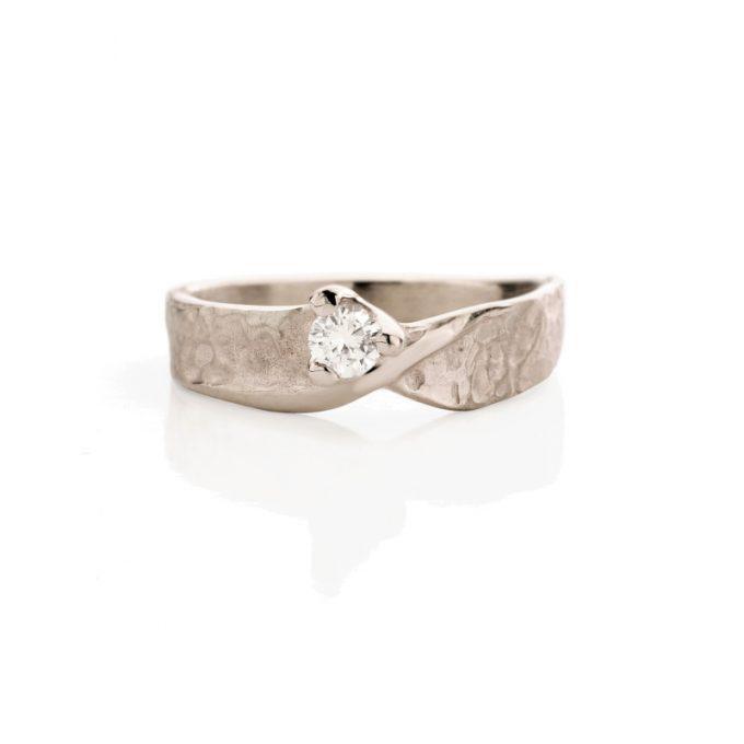 White gold engagement ring N° 236