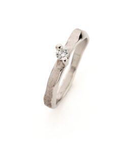 White gold engagement ring N° 237