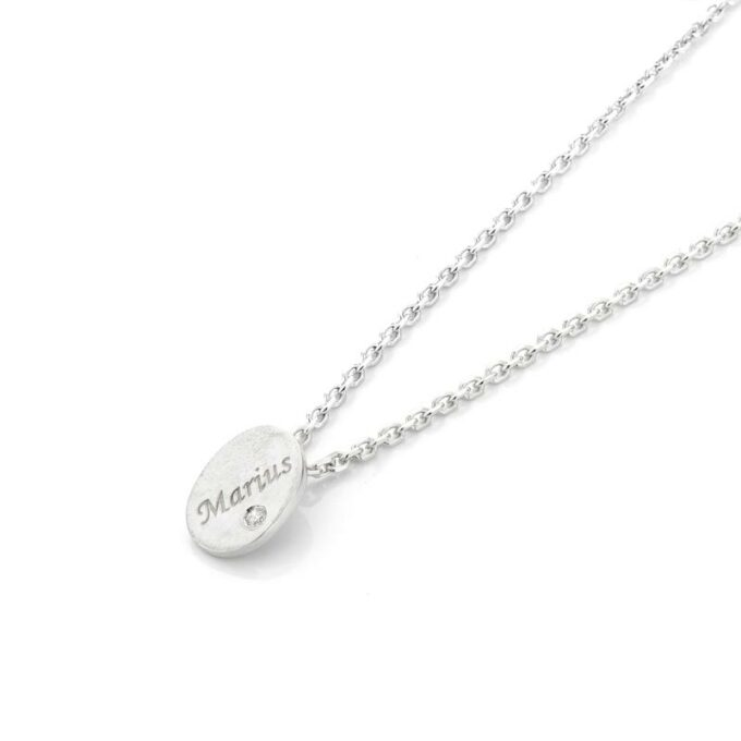 Rhodium gold necklace with pendant