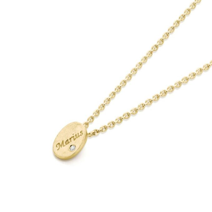 Yellow gold necklace with pendant