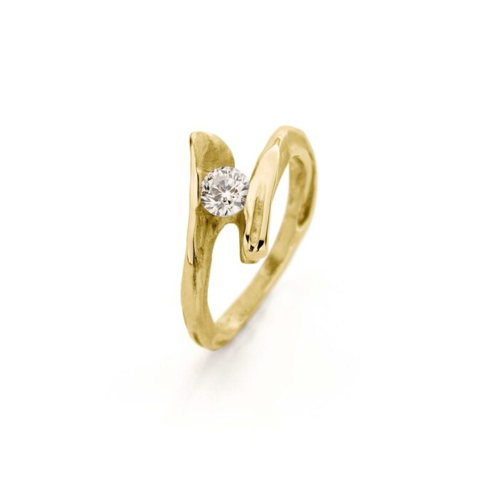 Geelgouden verlovingsring met diamant
