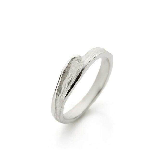 Rhodium gold ring