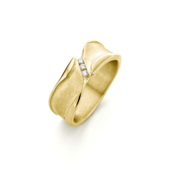 Yellow golden ring with diamonds