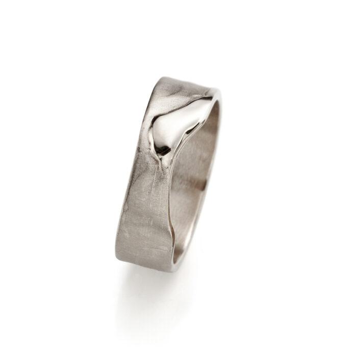 N° 3 White Gold Mens Ring