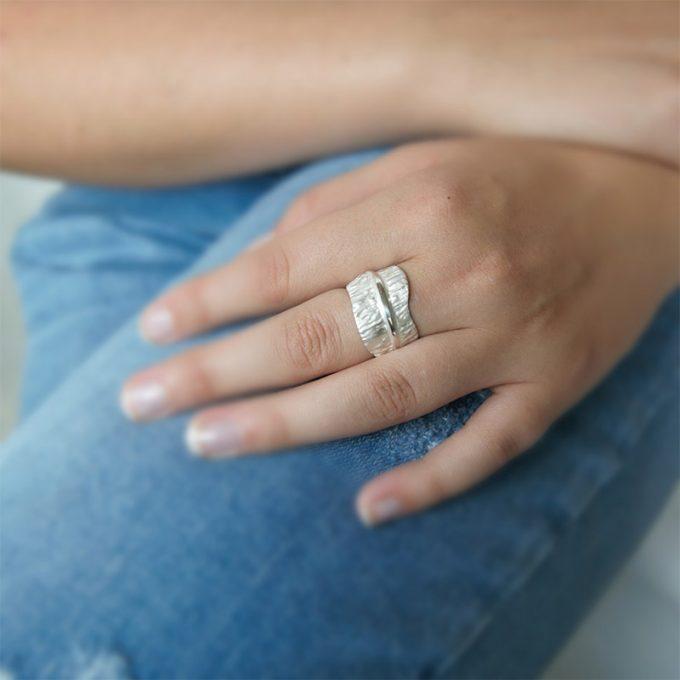 Zilveren ring N° 018 Model Foto