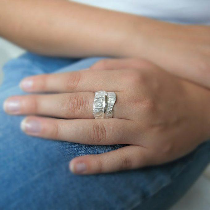 Zilveren ring met diamanten N° 018 Model Foto