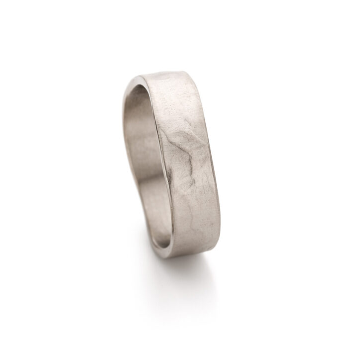 N°11_1 White Gold Men Ring