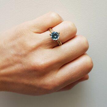R 121 Witgouden Ring