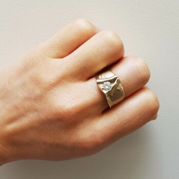 R 140 Witgouden Ring