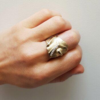 R 92 Witgouden Ring