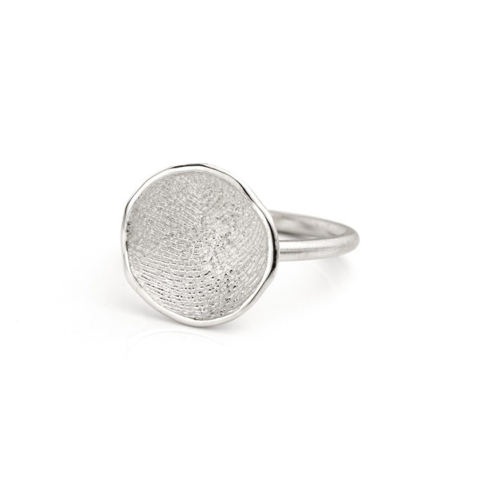 Ring N° 63 vingerafdruk juweel zilver