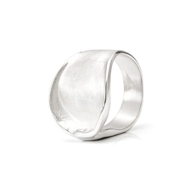 Zilveren ring N° 159