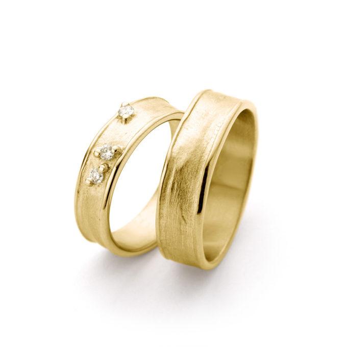 Witgouden trouwringen N° 9_3 geel goud