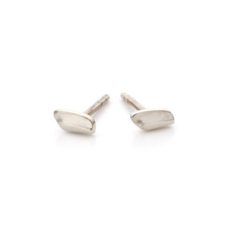 White golden earrings N035