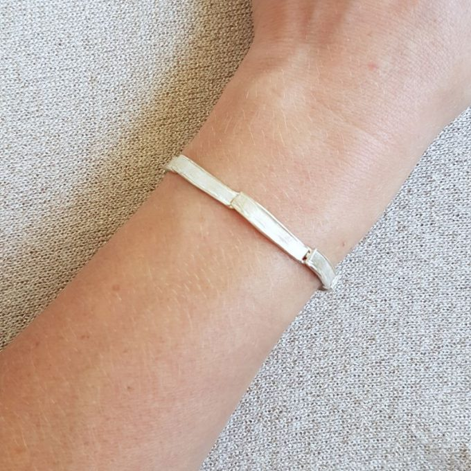 Zilveren armband N° 212 Model Foto