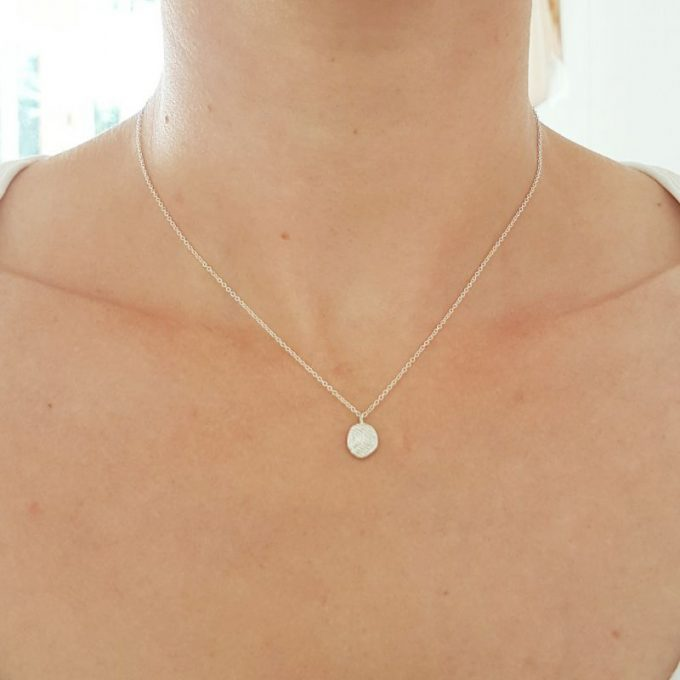 model H 22 0000, silver necklace with pendant, handmade in Antwerp_web