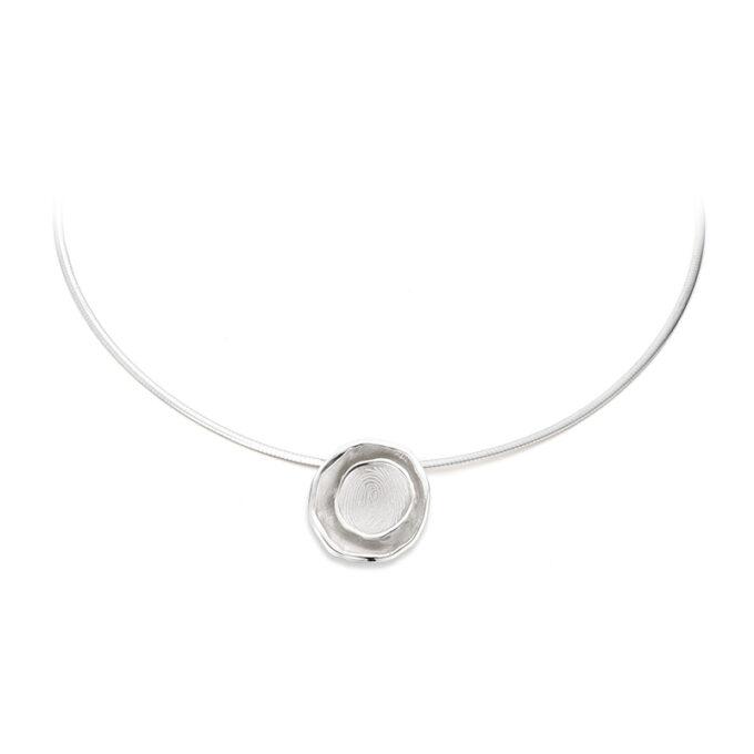 silver necklace birth ines bouwen