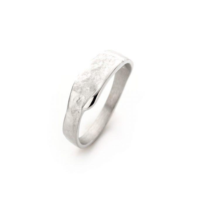 Silver ring N° 022