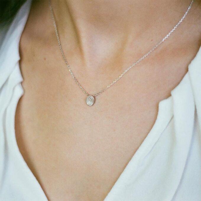 web_ _0000_N° 104 B_halsketting_zilver_Ines Bouwen jewelry