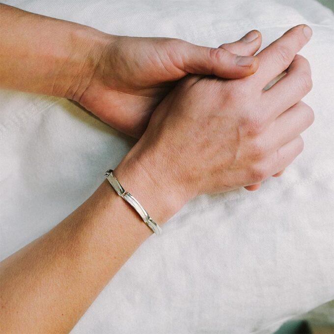 web__0001_N° 144_armband_Ines Bouwen jewelry