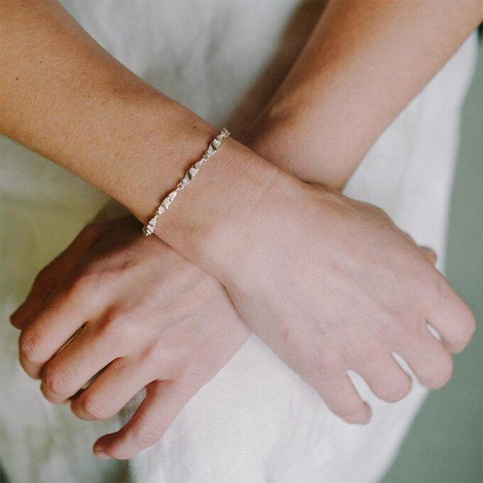 web__0002_N° 82_armband_Ines Bouwen jewelry