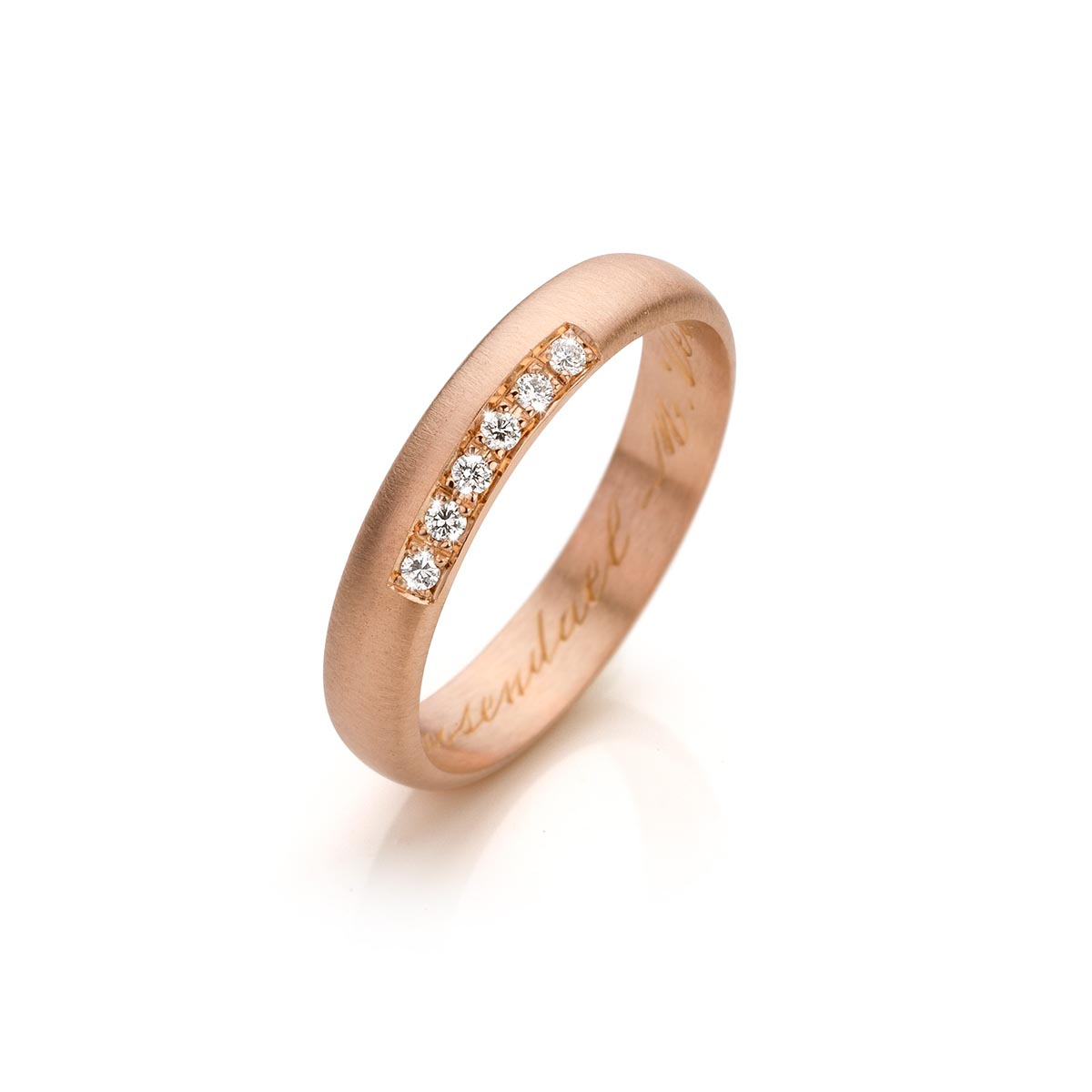 Ines bouwen modified jewelry