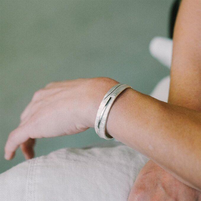 web__0004_N° 016_armband_Ines Bouwen jewelry