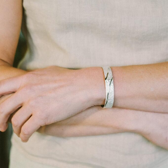web__0006_N° 014_armband_Ines Bouwen jewelry